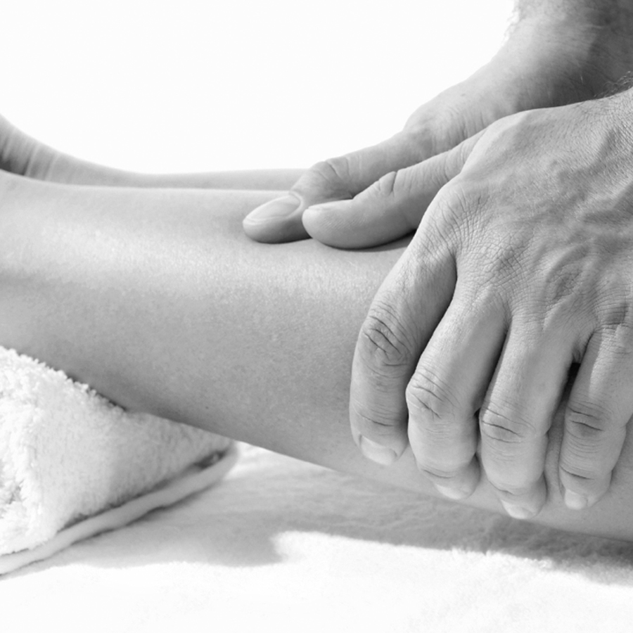 sports massage canary wharf